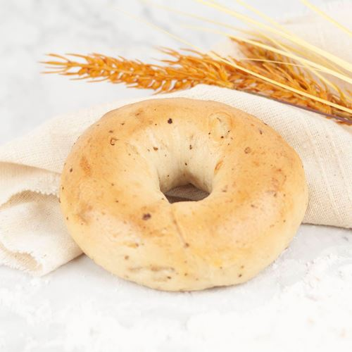 Picture of Onion Cheese Bagel (Eggless)