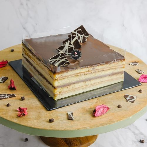 Picture of L'Opera Cake (Whole)