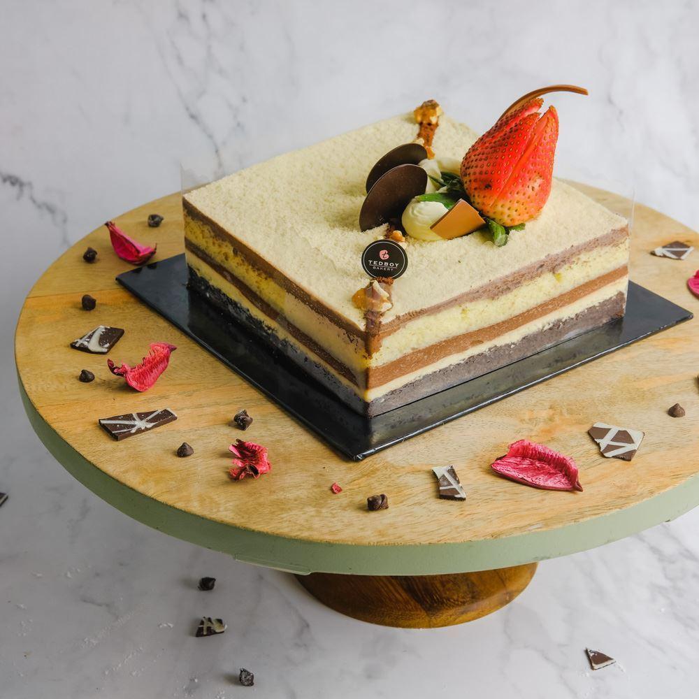 Pear Helene Cake (Whole)