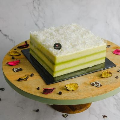 Picture of Pandan Layer Cake (Whole)