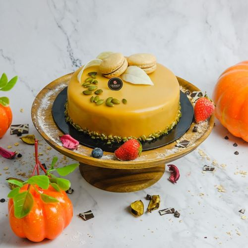 Picture of Salted Caramel Pumpkin Cake (Whole)