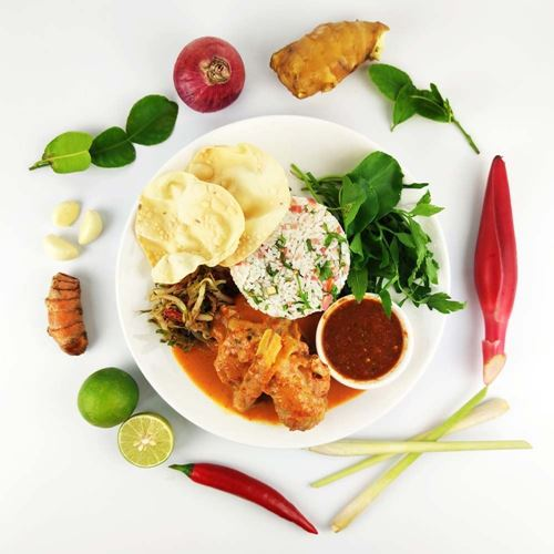 Picture of Nasi Ulam with Lemongrass Chicken SET