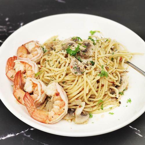 Picture of Spaghetti Aglio Olio with Shrimp